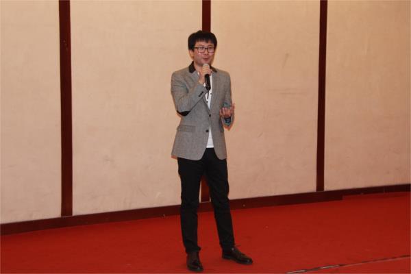 【易术翻译】易术先生做客第四十一期东林文化大讲堂